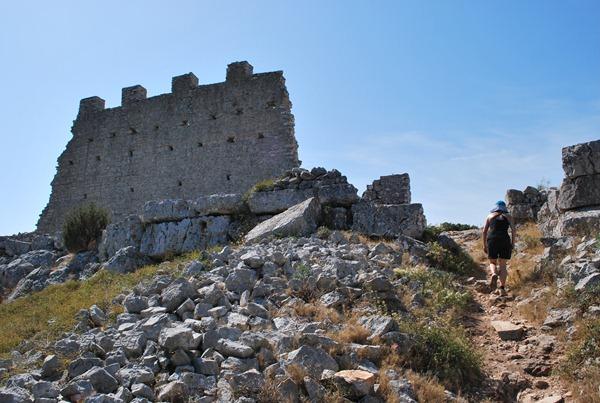 Antike Ruinenen eines Kastells auf Smokivica